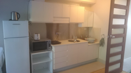 Self-contained furnished  studio unit granny flat for rent