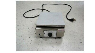 Thermolyne 1900 Hot Plate Model Hpa1915b Gently Used 120 Vac 6.2 Amp 750 W