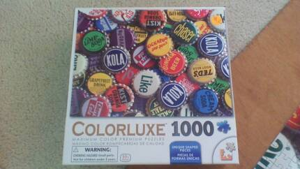 jigsaw puzzle 1000 piece repeating puzzle.all intact