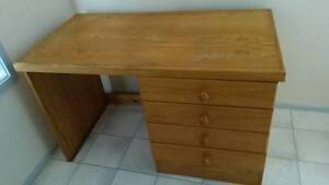 Hardwood desk Lake Haven Wyong Area Preview