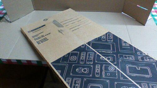 (NIB)  HOMC30U125C SQUARE D HOMELINE PANEL COVER