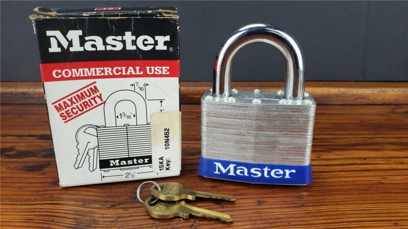NEW MASTER LOCK 15KA LARGE PADLOCK Laminated steel KEY 10N073
