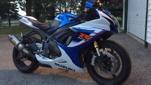 2012 GSXR 750 - LOW KM (NEW PRICE)
