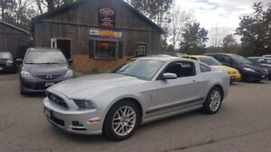 2014 Ford Mustang V6, LOW KMS, Auto