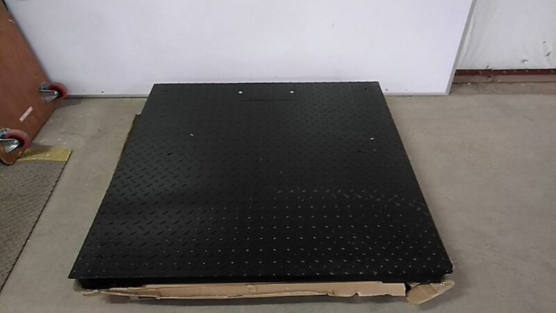Pinnacle 2000-10K-44 48 x 48 In 10000 Lb Weight Cap Floor Platform Scale