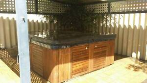 Portable 7-8 Seater Spa- Fixed Price Butler Wanneroo Area Preview
