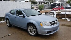 2013 DODGE AVENGER ONLY 140,000 KM