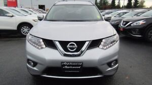 2016 Nissan Rogue JUST IN!
