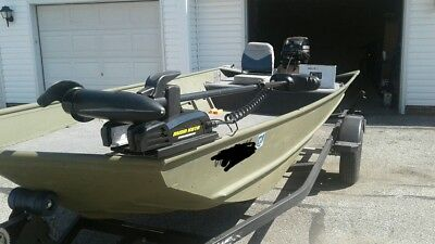 2016 Lowe Aura Jon Boat w/20HP Mercury and Electronics