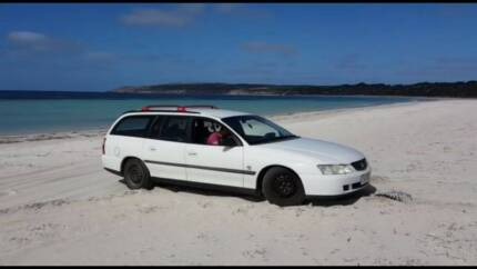 Holden Commodore Camper-Wagon (backpacker car)