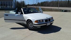 1995 BMW 325ic  Convertible VERY LOW KMS