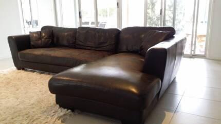 Chocolate Brown Leather Lounge