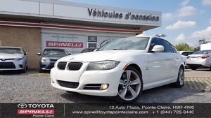 2011 BMW 3 Series 335i xDrive SPORT AND NAV PACKAGE!