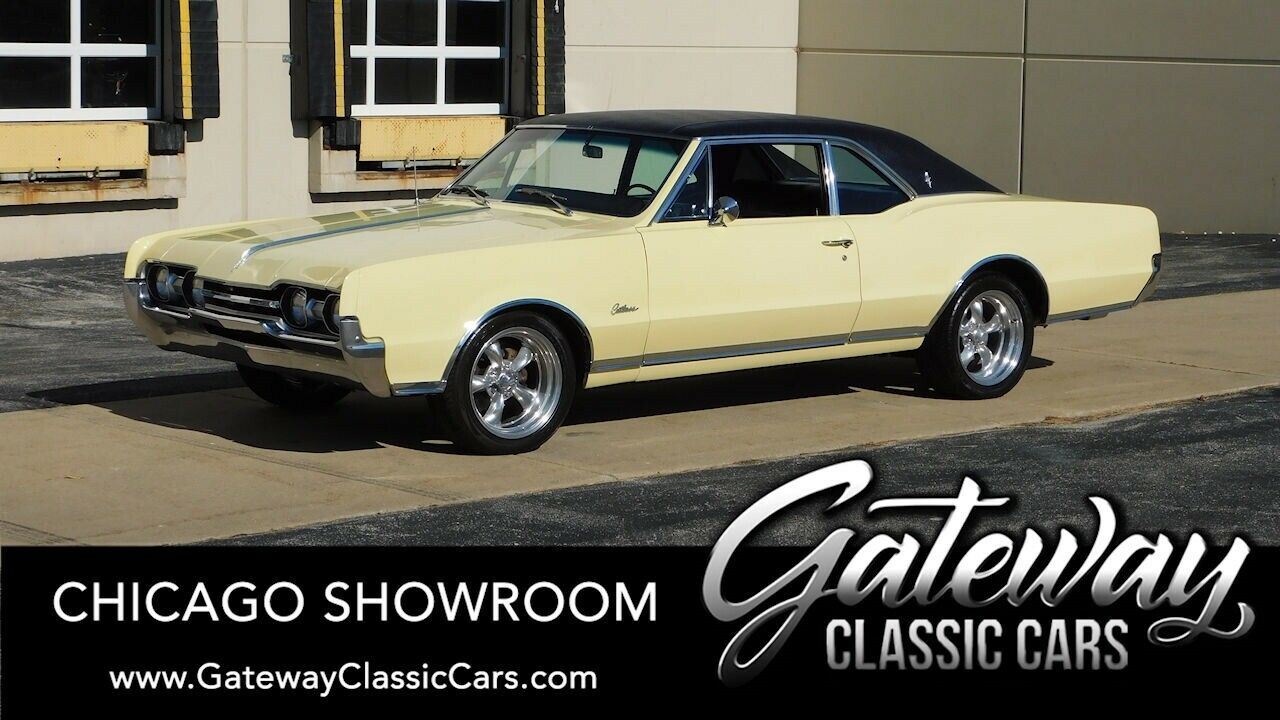 Yellow 1967 Oldsmobile Cutlass  2 Doors V8 330 CUIN 3 speed automatic Available
