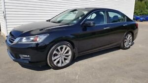 "2014 Honda Accord Sport 18"""" Alloys \ Heated Seats \ Honda Certi"