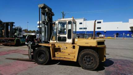 Used 13.5 Tonne Dalian Forklift.