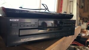 Sony Bluray and 5 cd player