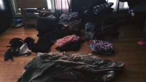 Women's clothing sizes small to large all in excellent condition