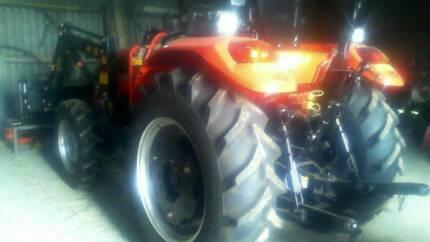 Delander 4x4 tractor Widgee Gympie Area Preview