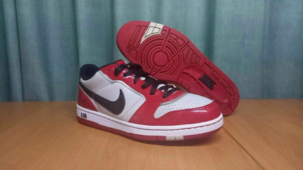 Nike Air - Red, Grey & Black