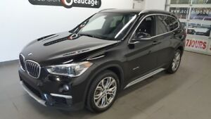 2016 BMW X1 XDrive28i, cuir, toit ouvran, navigation NO DAMAGE