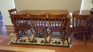 Wooden dining table & chairs Landsdale Wanneroo Area Preview