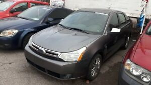 2009 Ford Focus LOADED! LEATHER, POWER ROOF - CERT/EMIS