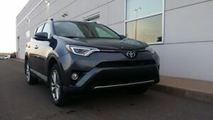 2016 Toyota RAV4 Limited W/TECH PACK
