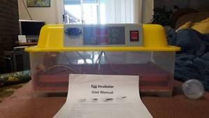20 egg incubator Manilla Tamworth Surrounds Preview