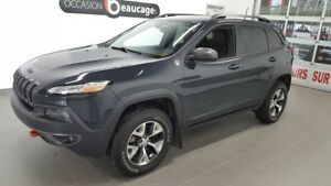 2016 Jeep Cherokee Trailhawk V6, navigation, cuir, hitch