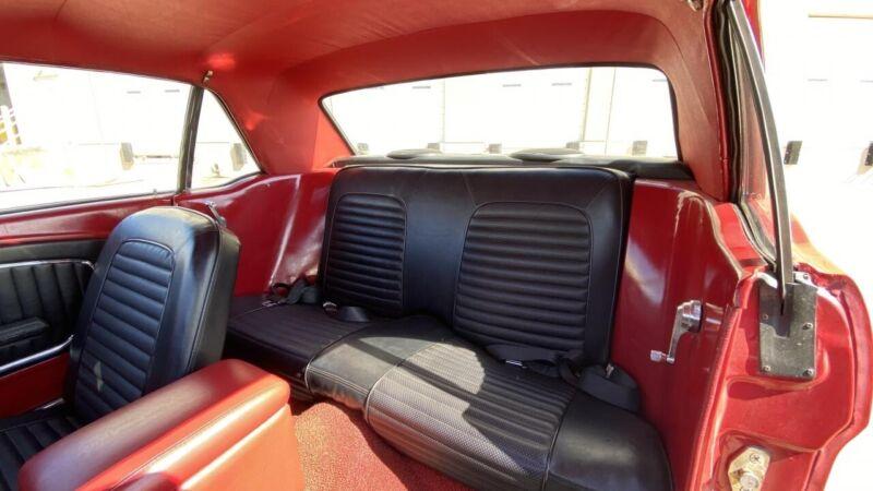 Image 12 Coche Americano de época Ford Mustang 1966