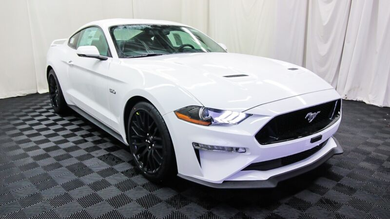 Image 3 Voiture American used Ford Mustang 2020