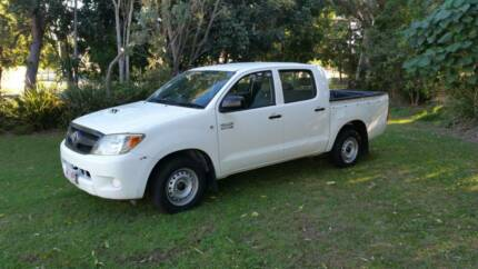 2007 TOYOTA HILUX DIESEL Runaway Bay Gold Coast North Preview