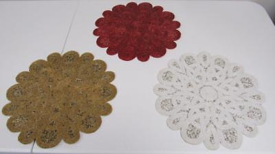Red White And Gold Centerpieces (Christmas Holiday Red White Gold Beads Beaded Round Placemat Centerpiece)