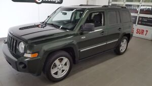2010 Jeep Patriot NORTH, 4X4, sièges chauffants