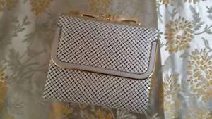 White Vintage Glomesh Tri Fold Wallet Adelaide CBD Adelaide City Preview