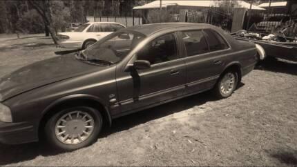 Ford Fairlane Ghia 1999