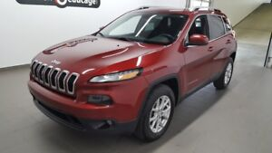 2015 Jeep Cherokee North 4x4, V6, écran 8.4, hitch ONE OWNER