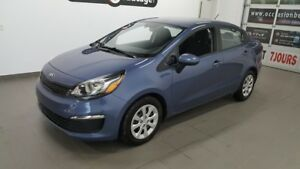 2016 Kia Rio LX+, climatisation, hitch, bluetooth , NO DAMAGE R
