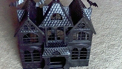 Yankee Candle Haunted House Mansion Tea Light Holder