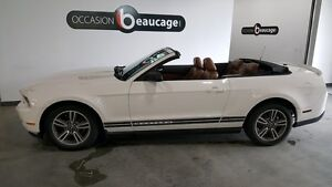 2010 Ford Mustang V6 convertible, cuir brun, exceptionnel