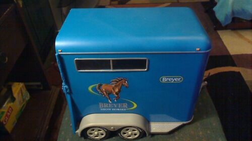 BREYER HORSES TRADITIONAL SERIES SHOW HORSE TRAILER MODEL # 2617 PREOWNED READ