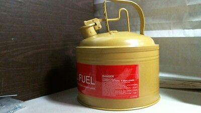 "4/"" 7-3 Protectoseal 1322 Yellow Drip Can 4/"" H x O.D"