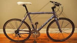 TREK 2300 WSD Ladies/mens XtraSmall Ultegra 650c hybrid road bike