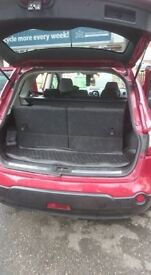 For sale Nissan qashqai good condition , 7 seats , panoramic roof