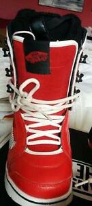 NEW VANS Off The Wall Ladies Snowboarding Boots Oakville / Halton Region Toronto (GTA) image 4