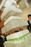 Gorgeous diamond square cake stand for rent only!!