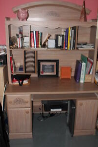 Girls Desk & Hutch for sale
