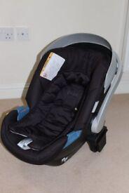 Mamas and Papas Aton baby car seat
