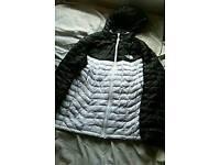 North face jacket Large (Genuine)